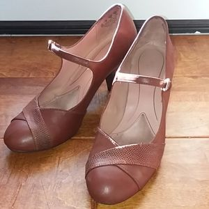 Brown Naturalizer Mary Jane pumps
